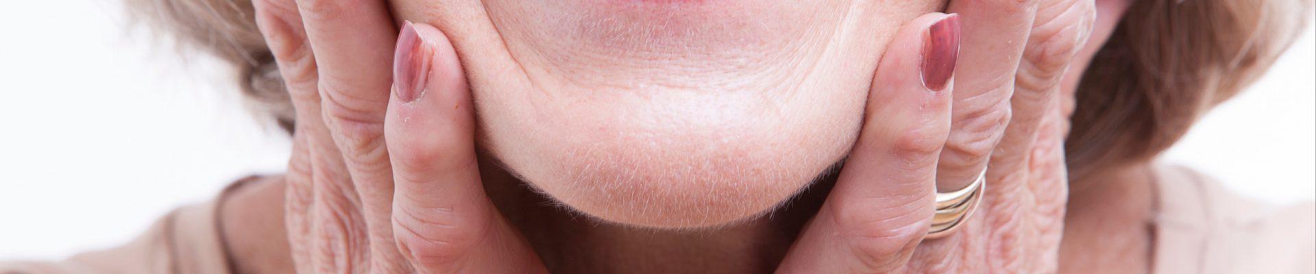 Cuidado dental personas mayores Clínica Dental Achútegui
